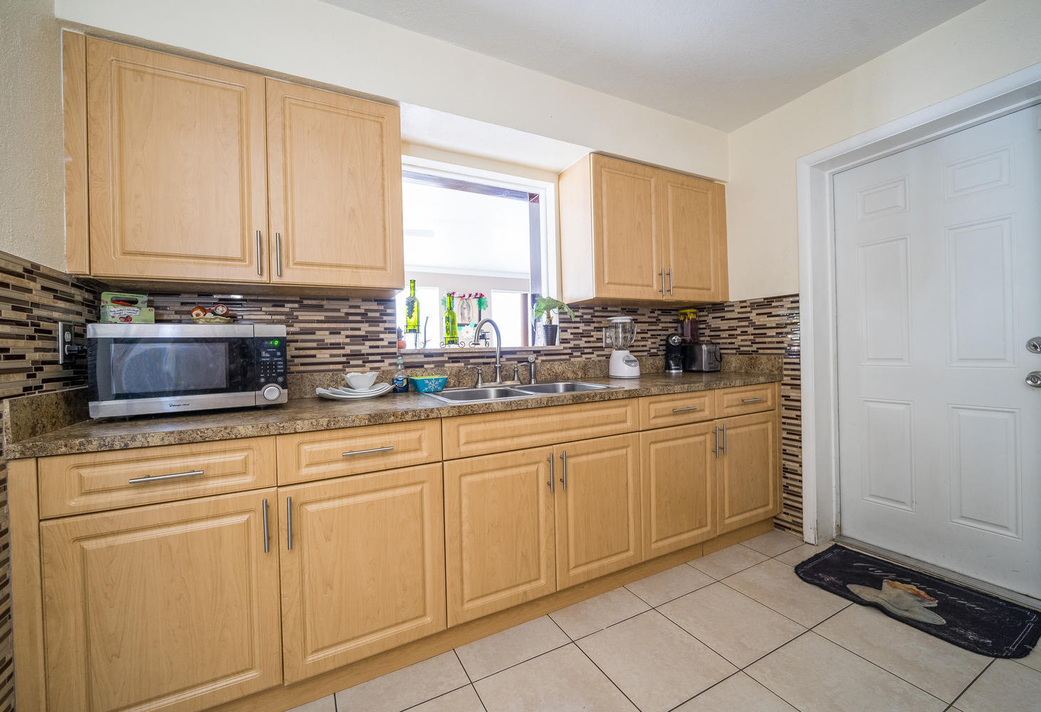 913 Montego Drive West Palm Beach, FL 33415 small photo 7