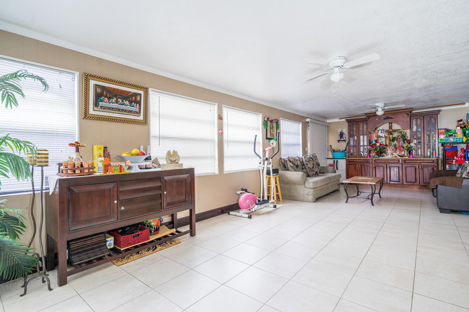 913 Montego Drive West Palm Beach, FL 33415 small photo 9