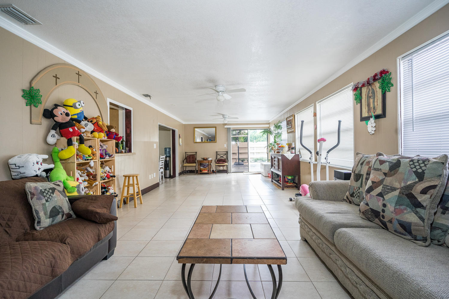 913 Montego Drive West Palm Beach, FL 33415 small photo 10