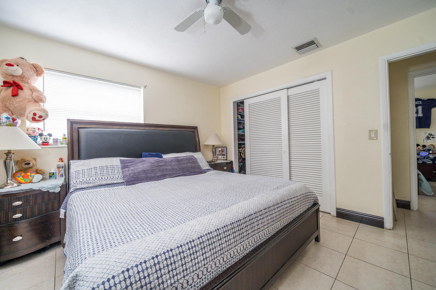 913 Montego Drive West Palm Beach, FL 33415 small photo 18