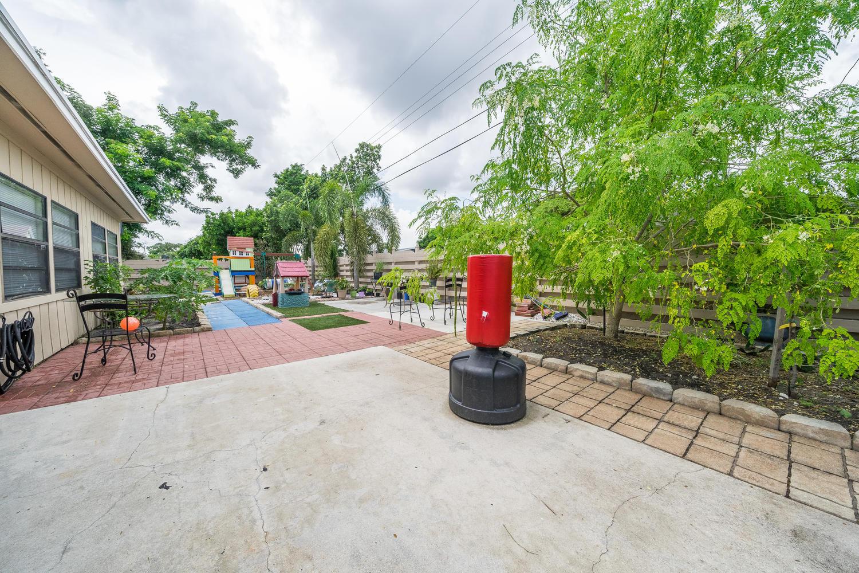 913 Montego Drive West Palm Beach, FL 33415 photo 26