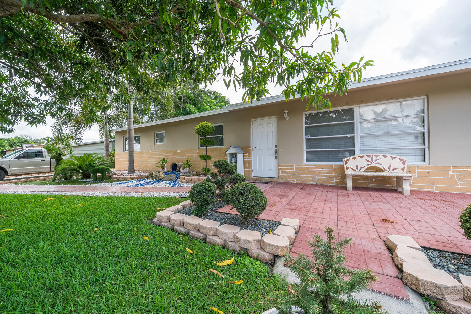 913 Montego Drive West Palm Beach, FL 33415 small photo 29