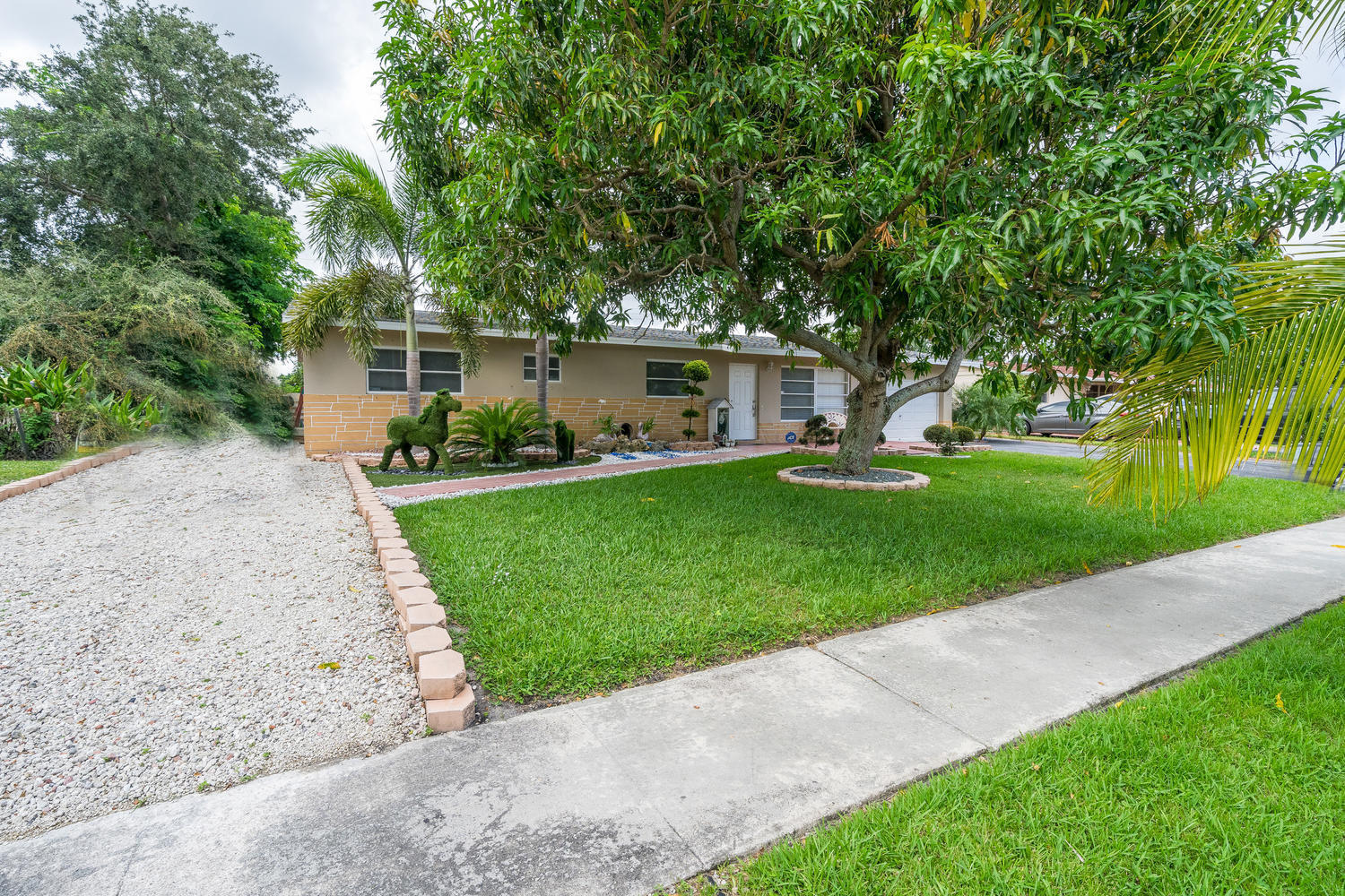 913 Montego Drive West Palm Beach, FL 33415 small photo 33