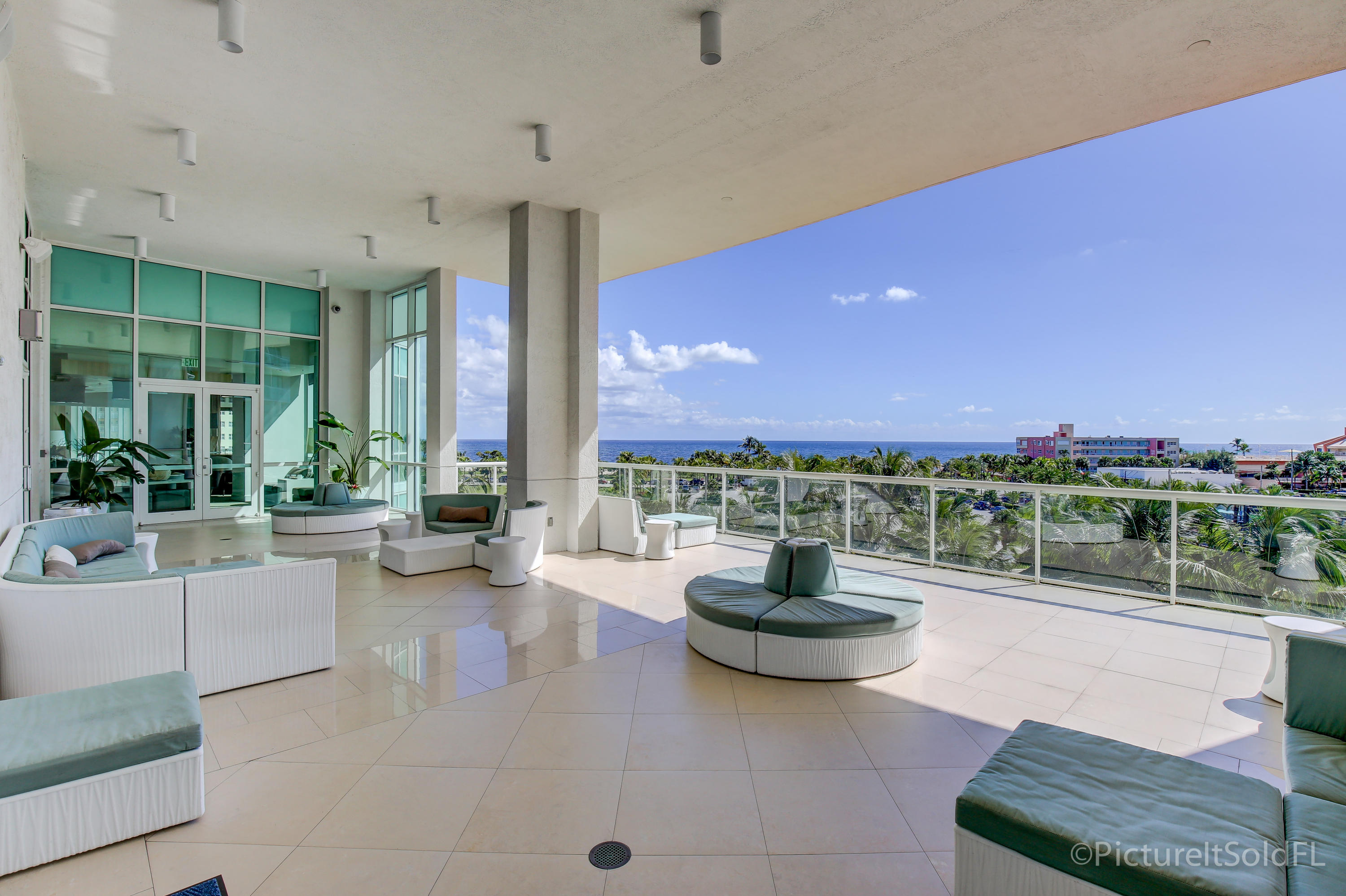 OCEANSIDE POMPANO BEACH REAL ESTATE