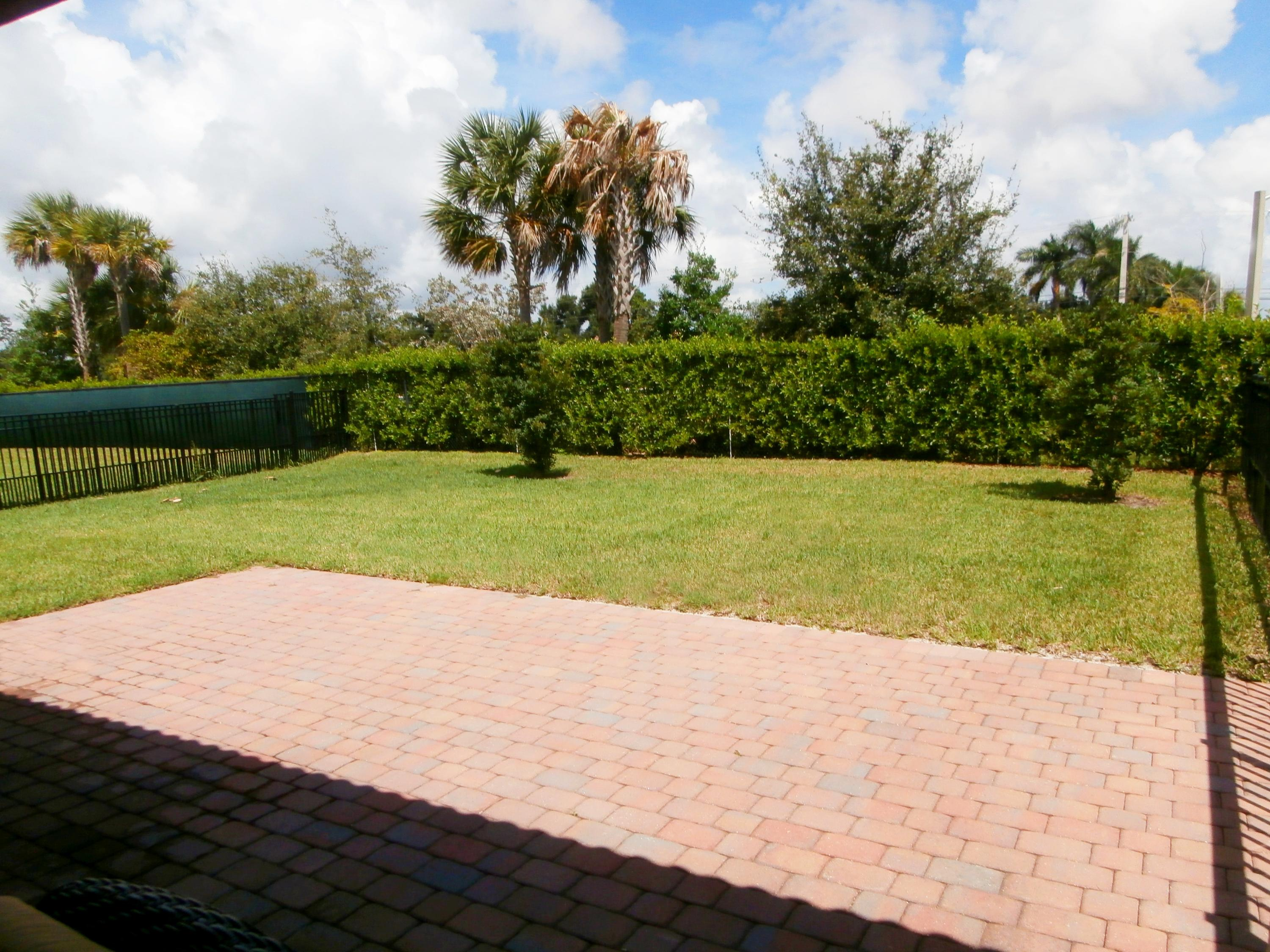 4941 Manchia Drive Lake Worth, FL 33463 small photo 3