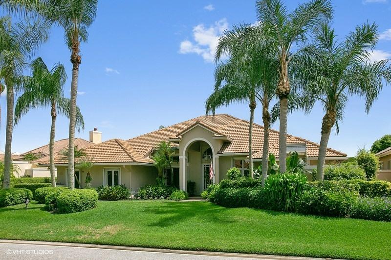 Home for sale in Pga National/ The Island Palm Beach Gardens Florida