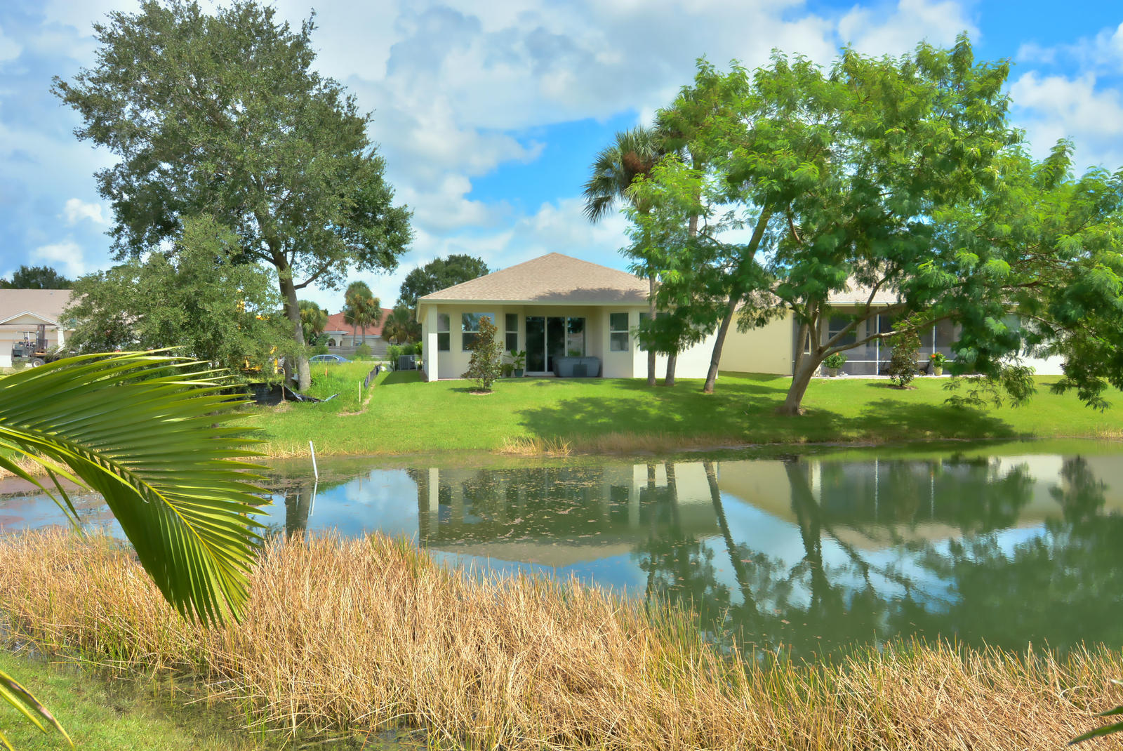 7419 Oakridge Place - Vero Beach, Florida