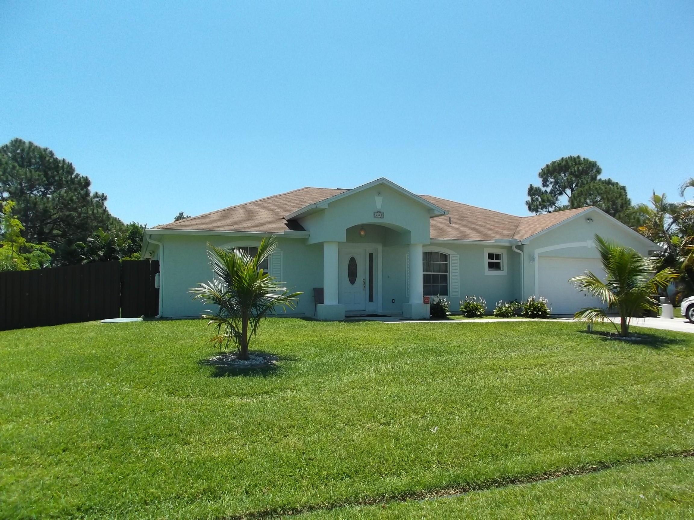 402 Sw Meadow Terrace