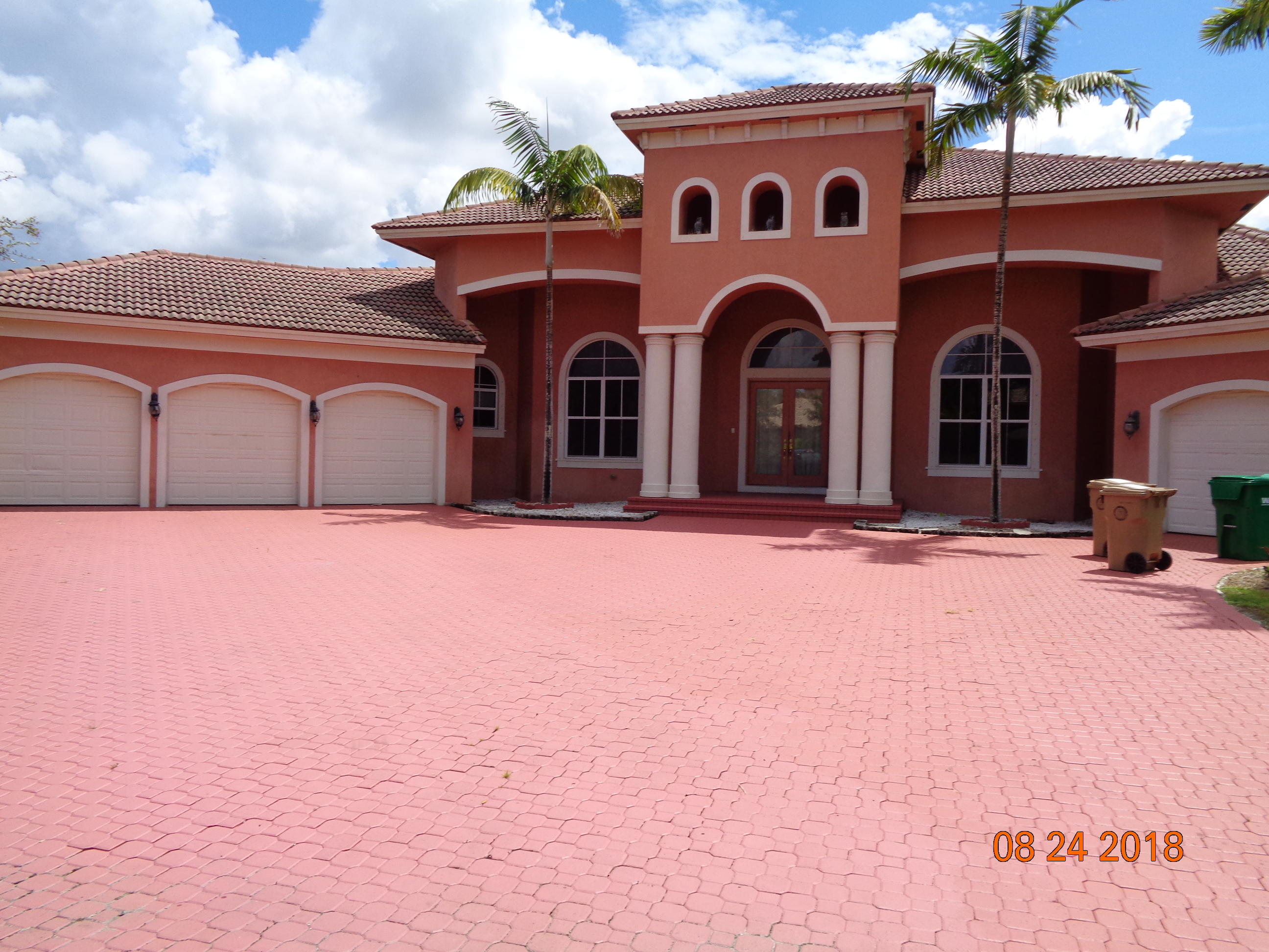 Home for sale in Blawkhawk Ranches Davie Florida