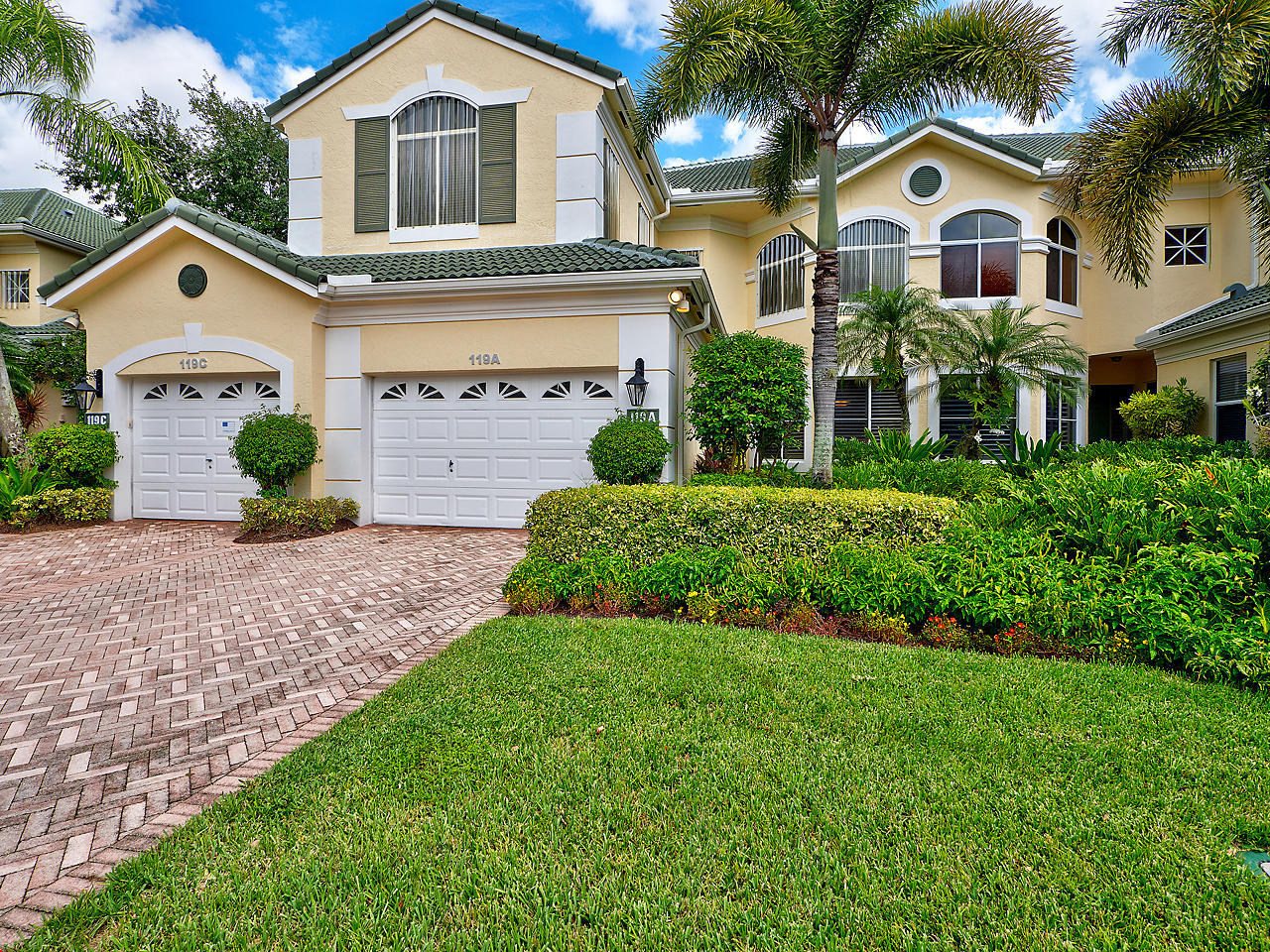 119 Palm Point Circle A, Palm Beach Gardens, Florida 33418, 2 Bedrooms Bedrooms, ,2.1 BathroomsBathrooms,A,Condominium,Palm Point,RX-10461177