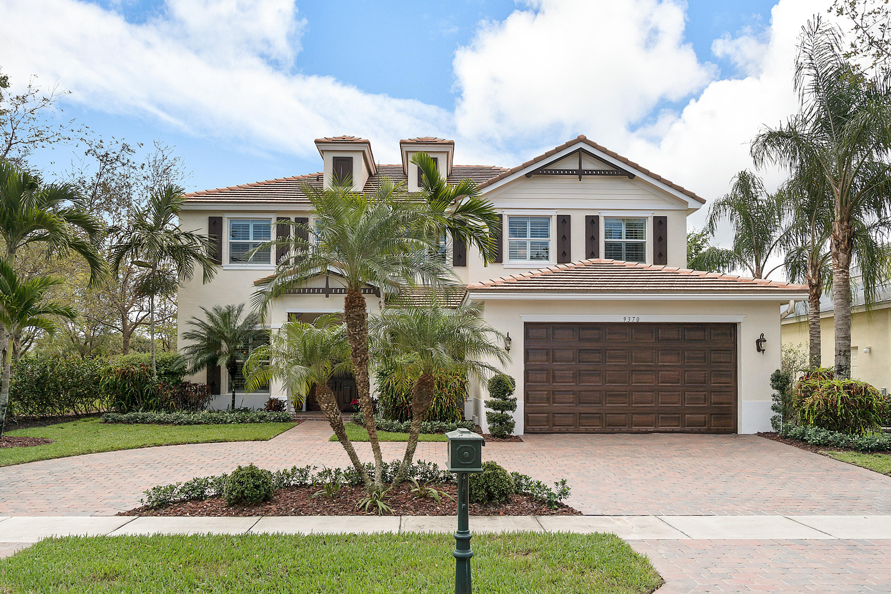 Home for sale in Palm Beach Plantation, Diamond C Ranch POD Royal Palm Beach Florida