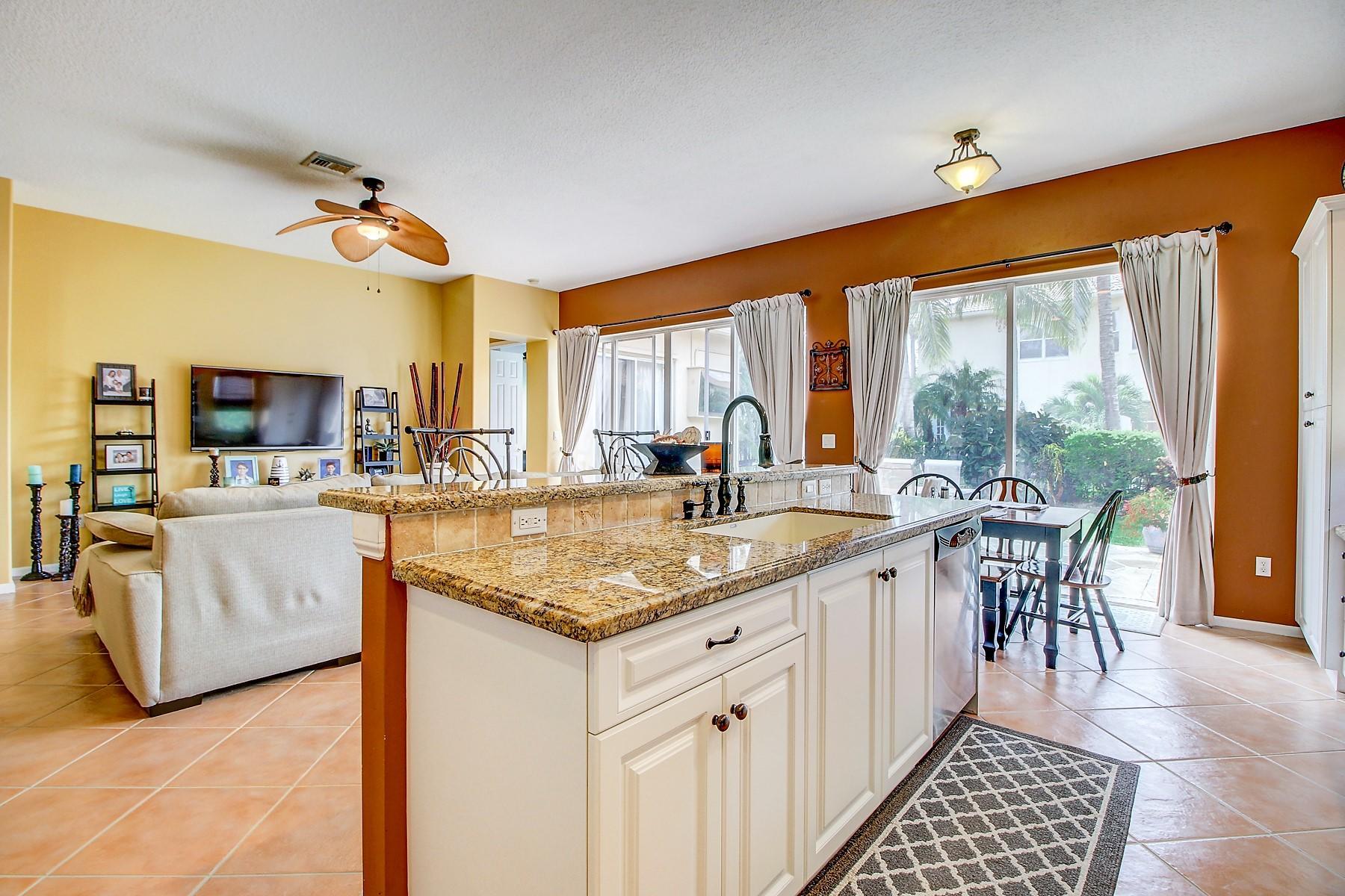6546 Stonehurst Circle Lake Worth, FL 33467 photo 17