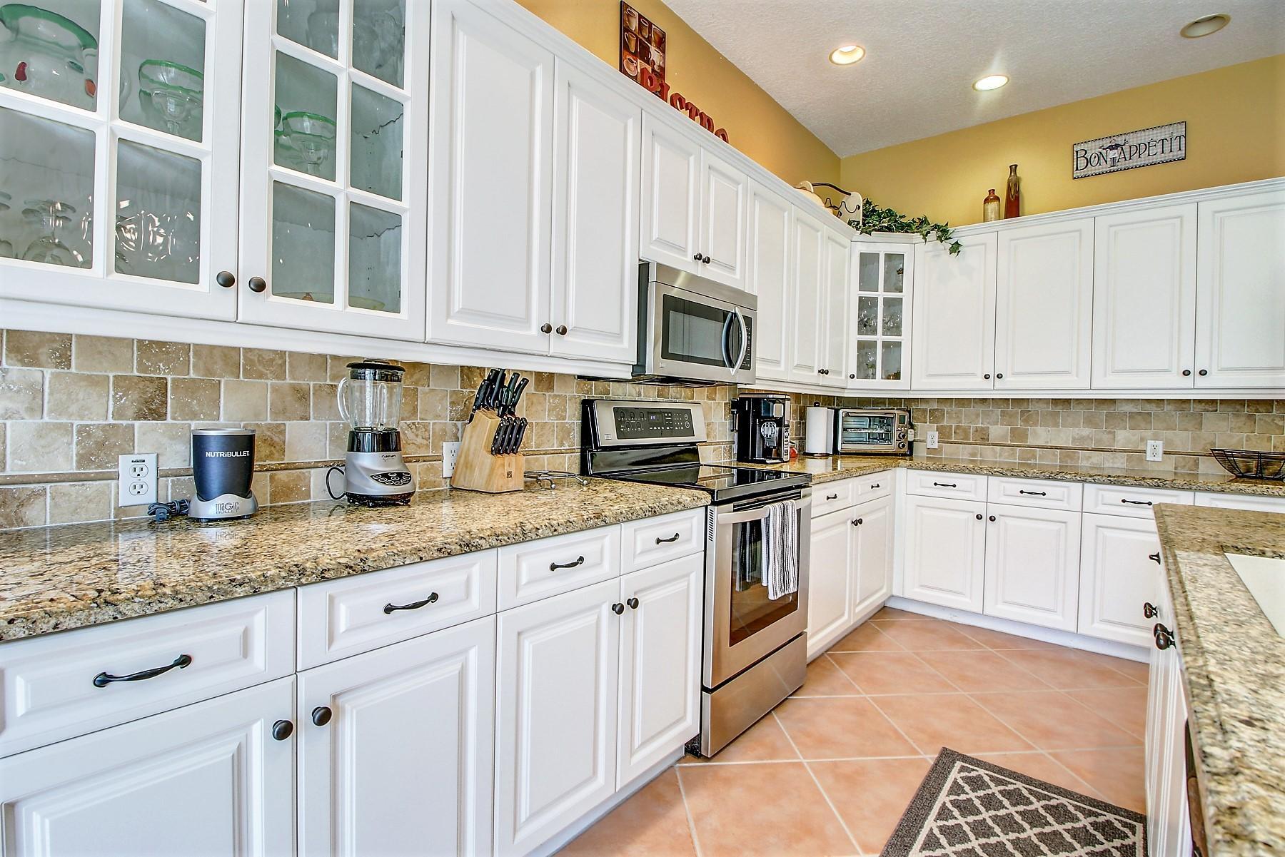 6546 Stonehurst Circle Lake Worth, FL 33467 photo 13