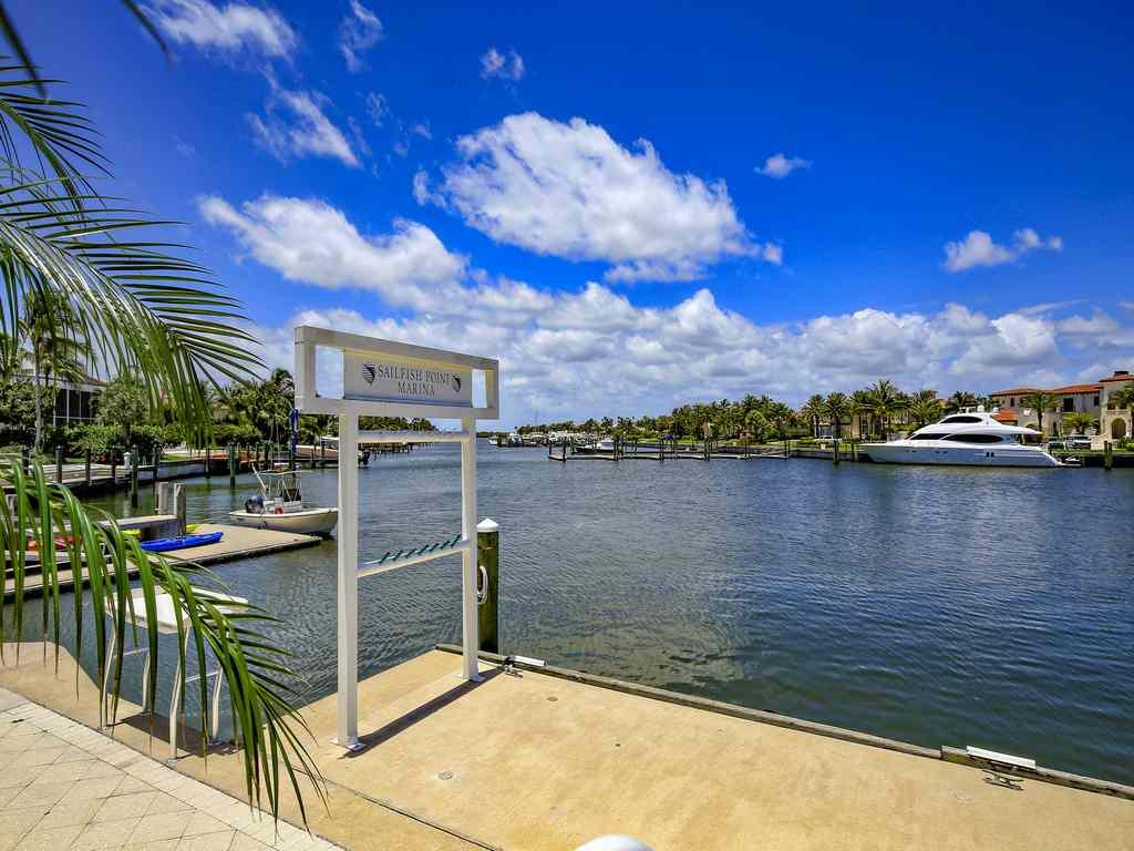 SAILFISH POINT PLAT 27, LOT 2
