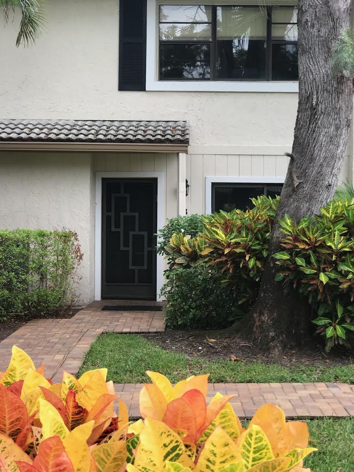 4 Westgate Lane 4b Boynton Beach, FL 33436