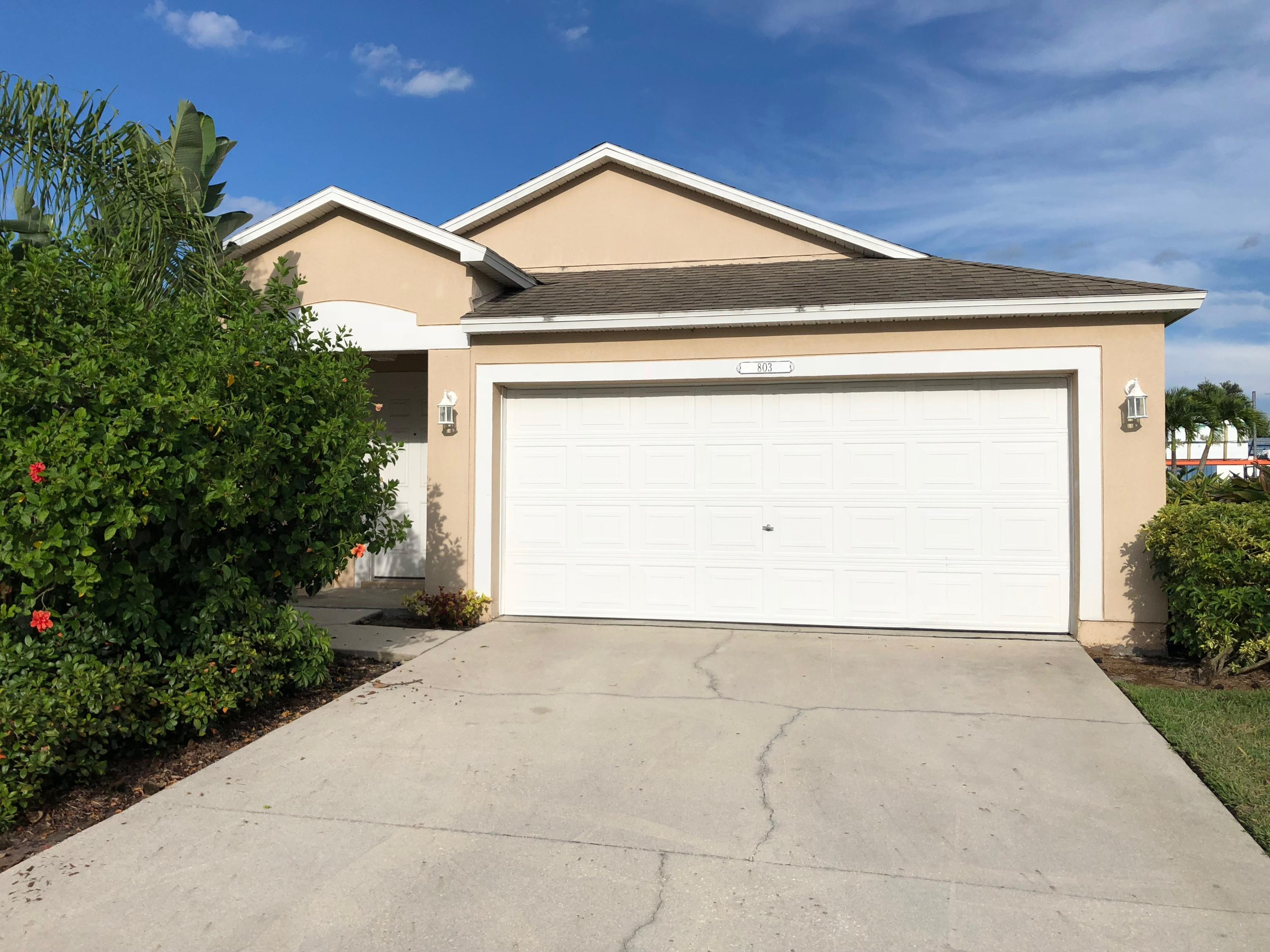 803 Greenleaf Vero Beach 32960