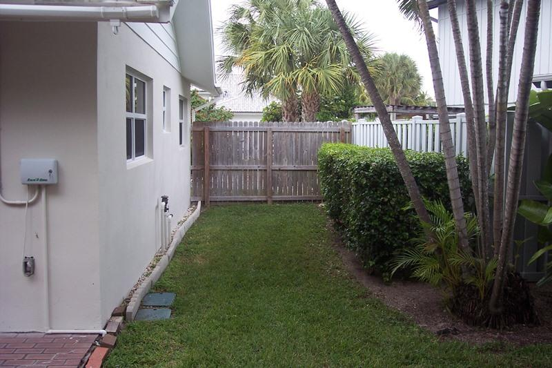 220 Pirates Place, Jupiter Inlet Colony, Florida 33469, 3 Bedrooms Bedrooms, ,2 BathroomsBathrooms,A,Single family,Pirates,RX-10463959