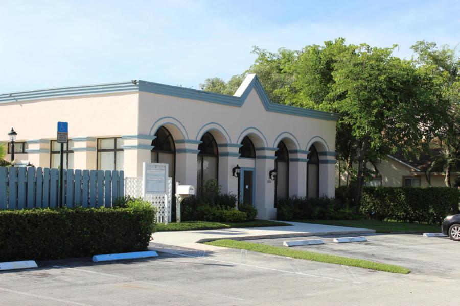 106 Sunshine Boulevard Royal Palm Beach, FL 33411 photo 14