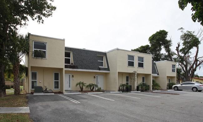 617 SW 1st Court, Boynton Beach, Florida