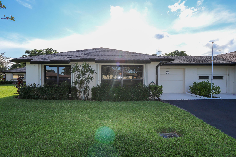 Home for sale in Greentree Villas Boynton Beach Florida