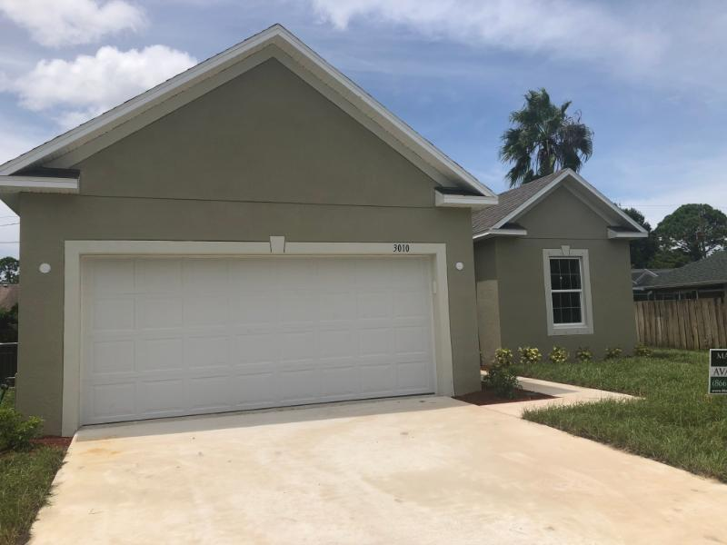 Photo of 3010 SW Segovia Street #Q, Port Saint Lucie, FL 34953