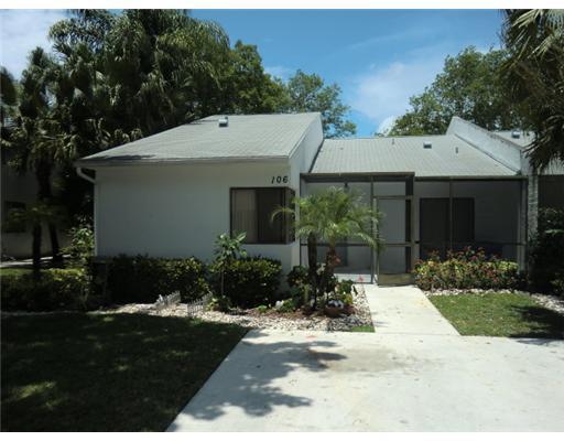 106 Sunshine Boulevard Royal Palm Beach, FL 33411 photo 1