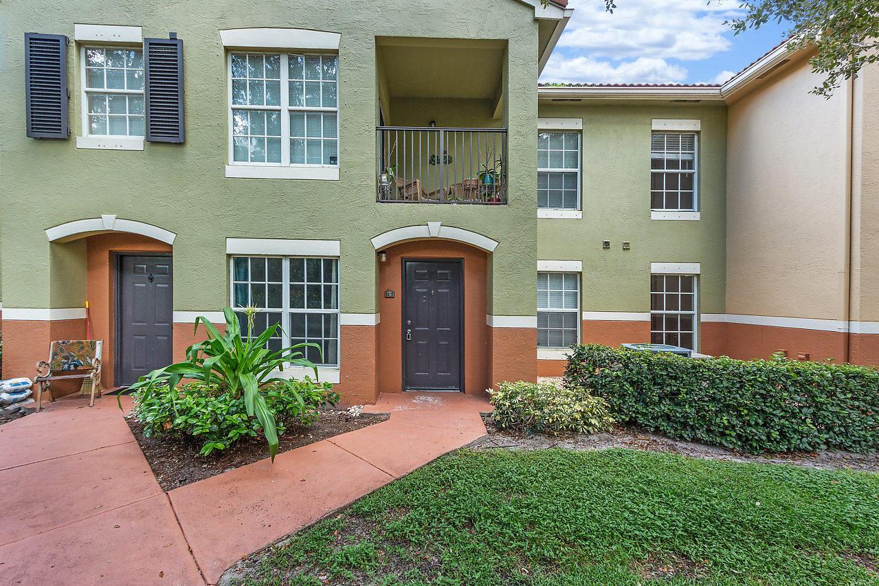 10336 S Fox Trail Road 1310 Royal Palm Beach, FL 33411