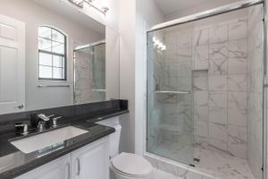 4th Bedroom Bath