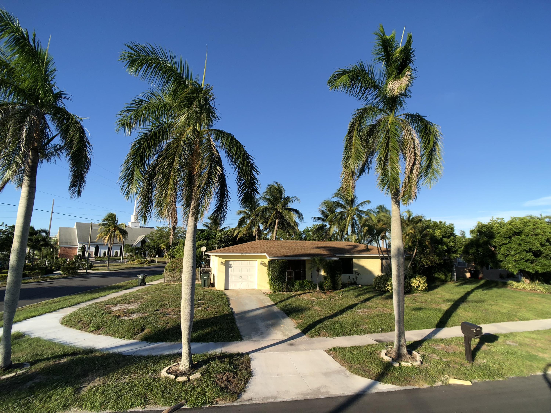 2044 S 7th Court Lake Worth, FL 33461