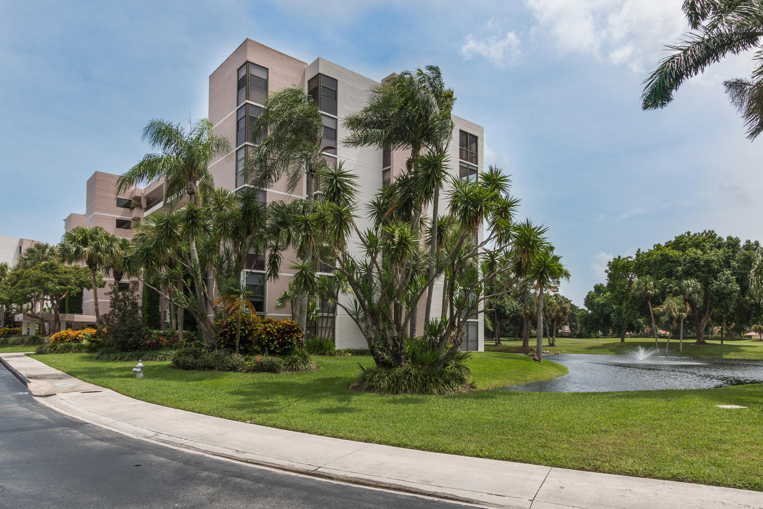 Photo of 6562 Boca Del Mar Drive #421, Boca Raton, FL 33433