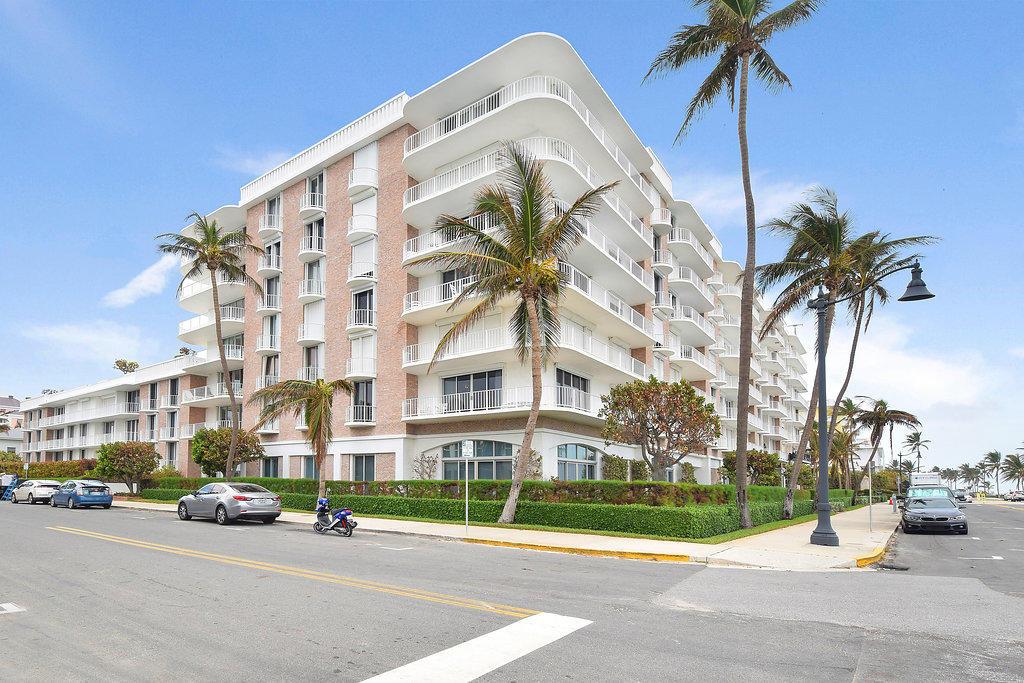 100 Worth Avenue, 516 - Palm Beach, Florida