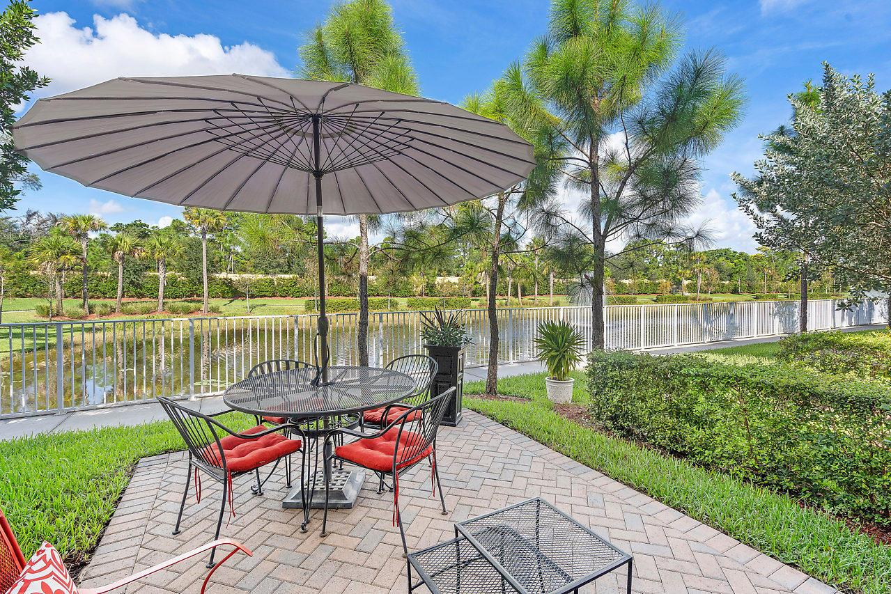 5973 Monterra Club Drive Lake Worth, FL 33463