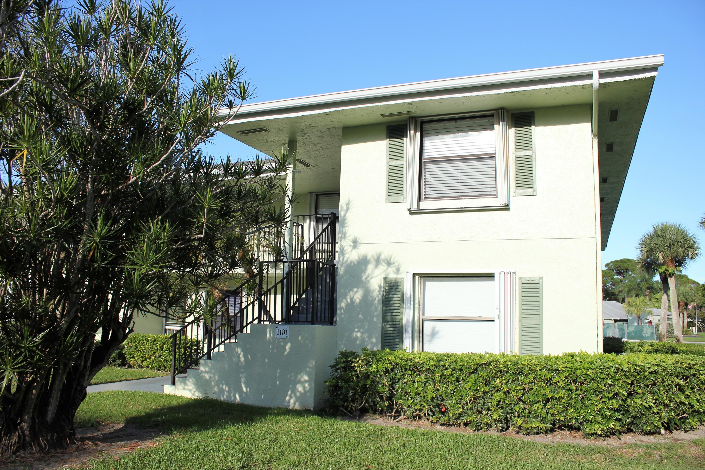 Photo of 1101 Sabal Ridge Circle #H, Palm Beach Gardens, FL 33418