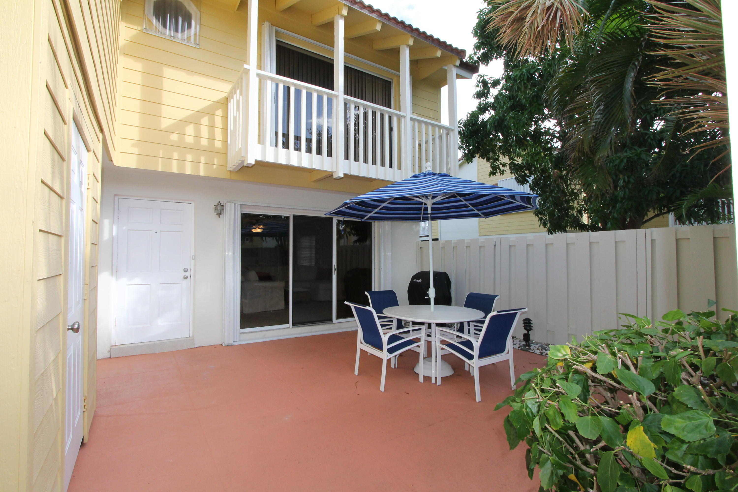 143 Seabreeze Circle - Jupiter, Florida