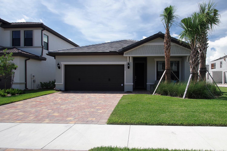4615 San Fratello Circle Lake Worth, FL 33467