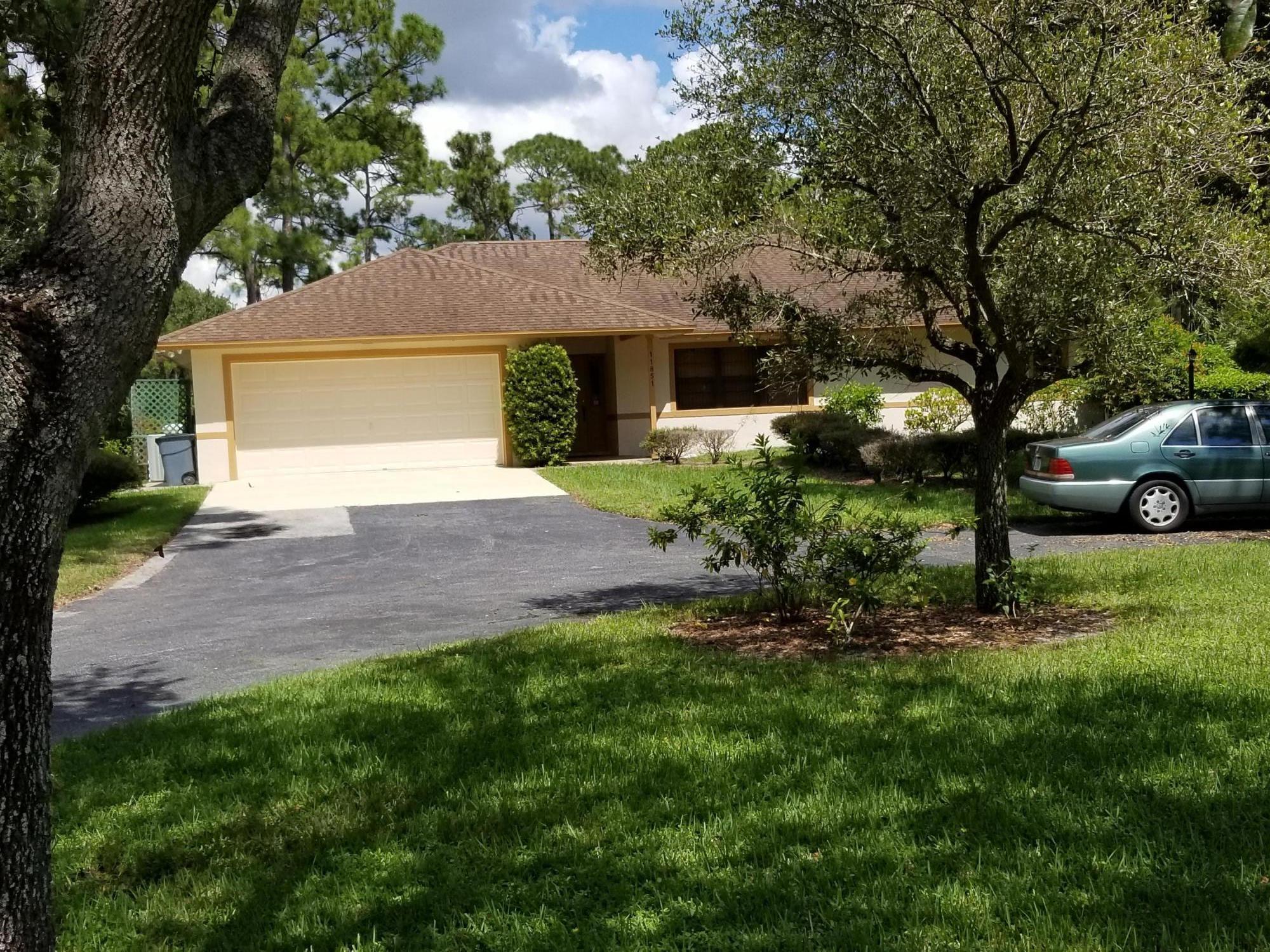 11851 49th Street Royal Palm Beach, FL 33411 photo 3
