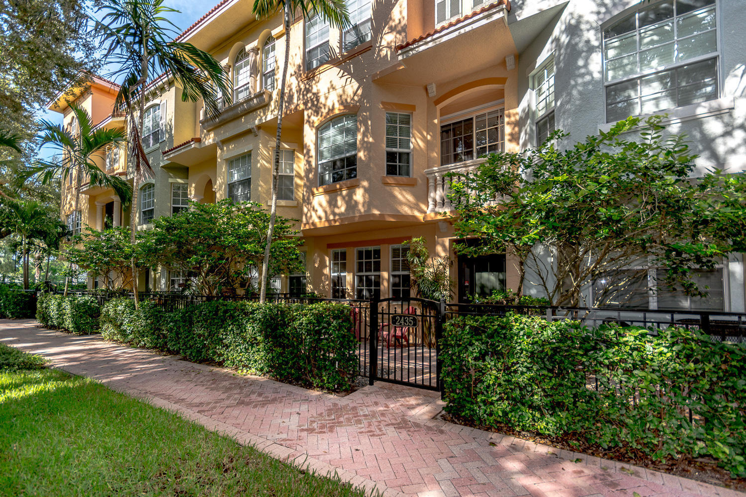 Photo of 2435 San Pietro Circle, Palm Beach Gardens, FL 33410