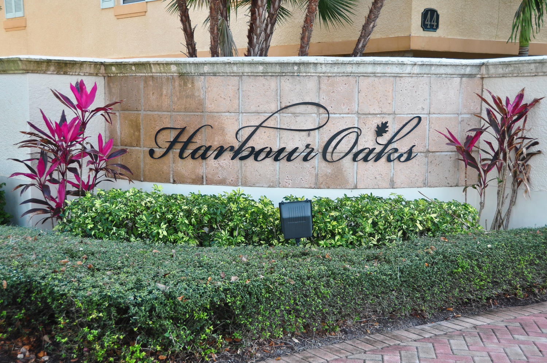 HARBOUR OAKS HOMES FOR SALE