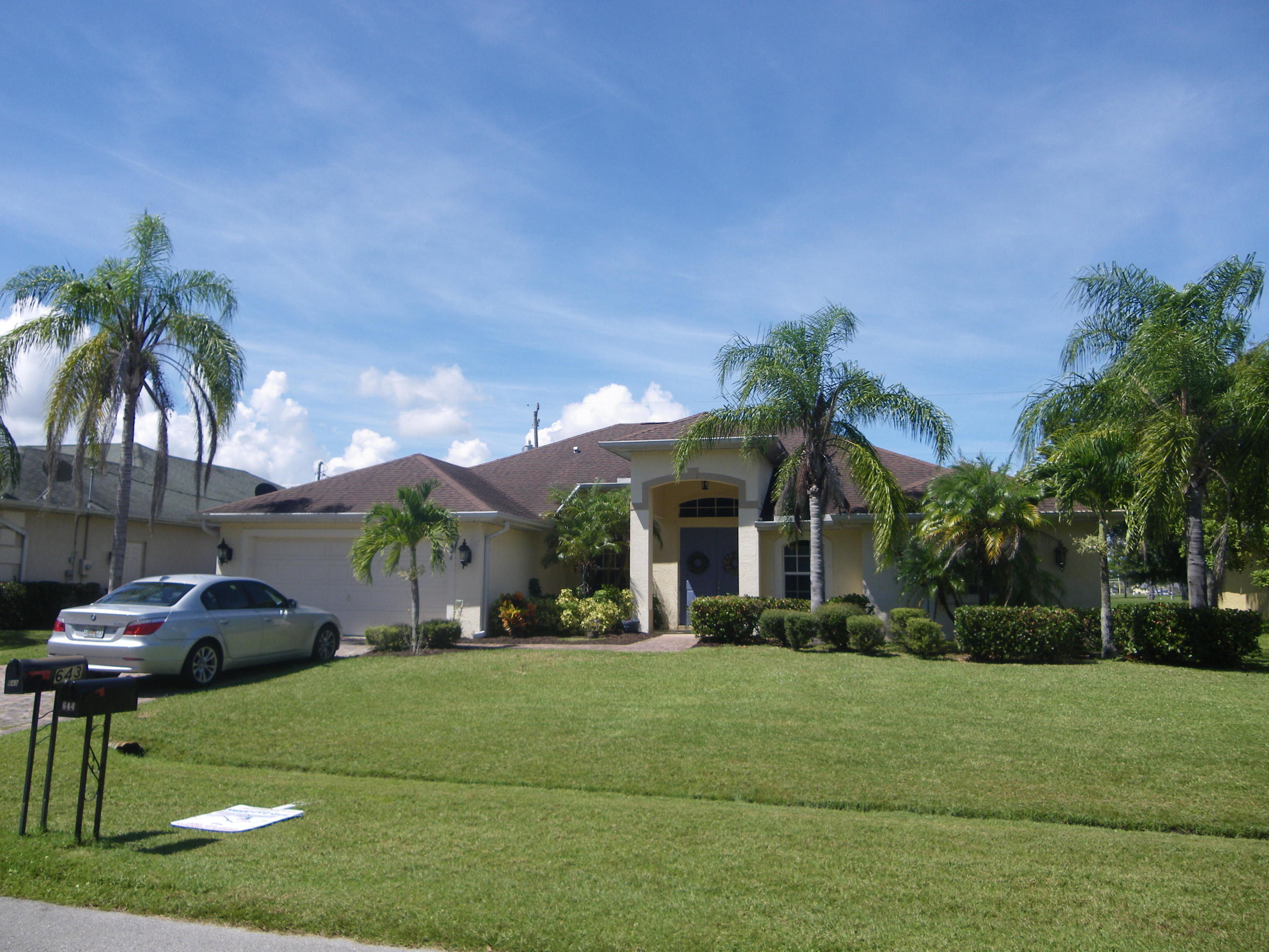 644 SE Stow Terrace, Port Saint Lucie, Florida