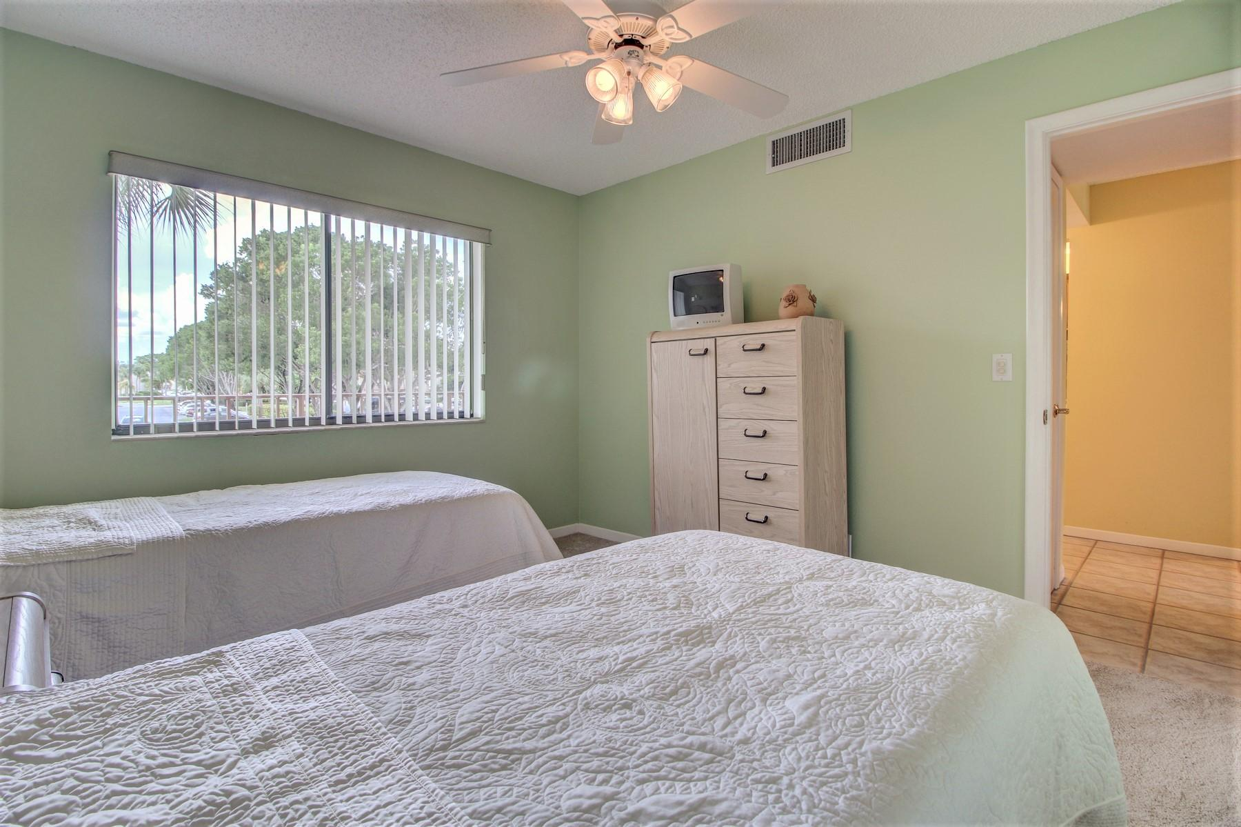 4110 Tivoli Court 207 Lake Worth, FL 33467 photo 8