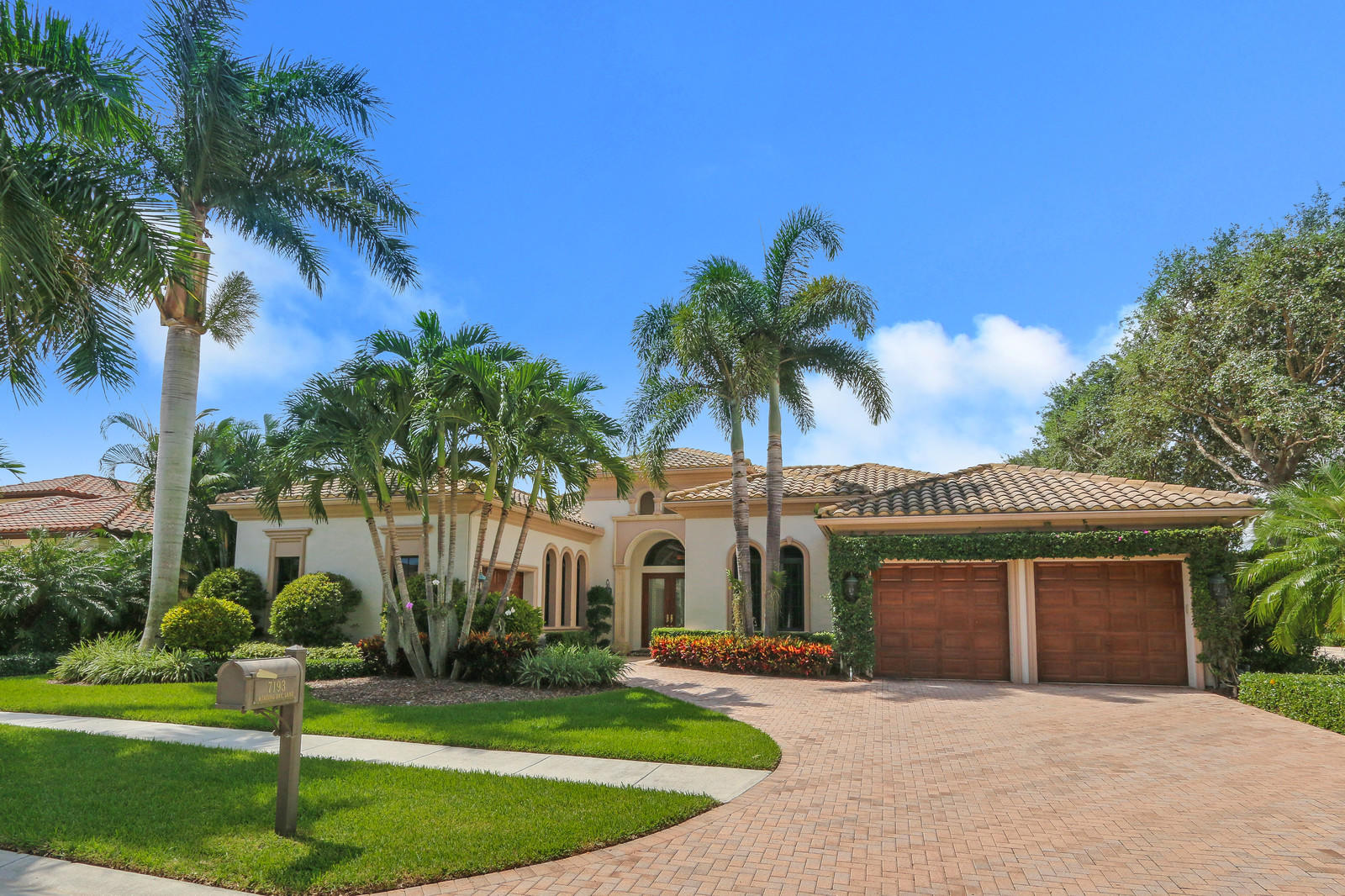 7193 Winding Bay Lane West Palm Beach, FL 33412