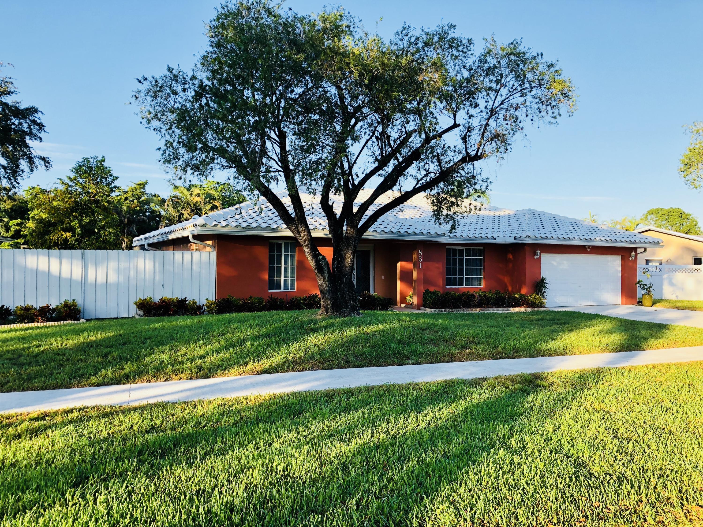 Home for sale in PLANTATION HILLS 1 SEC Plantation Florida