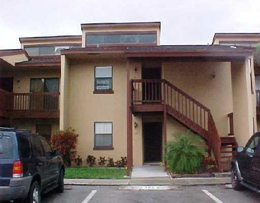 705 Lakeview Drive Royal Palm Beach, FL 33411