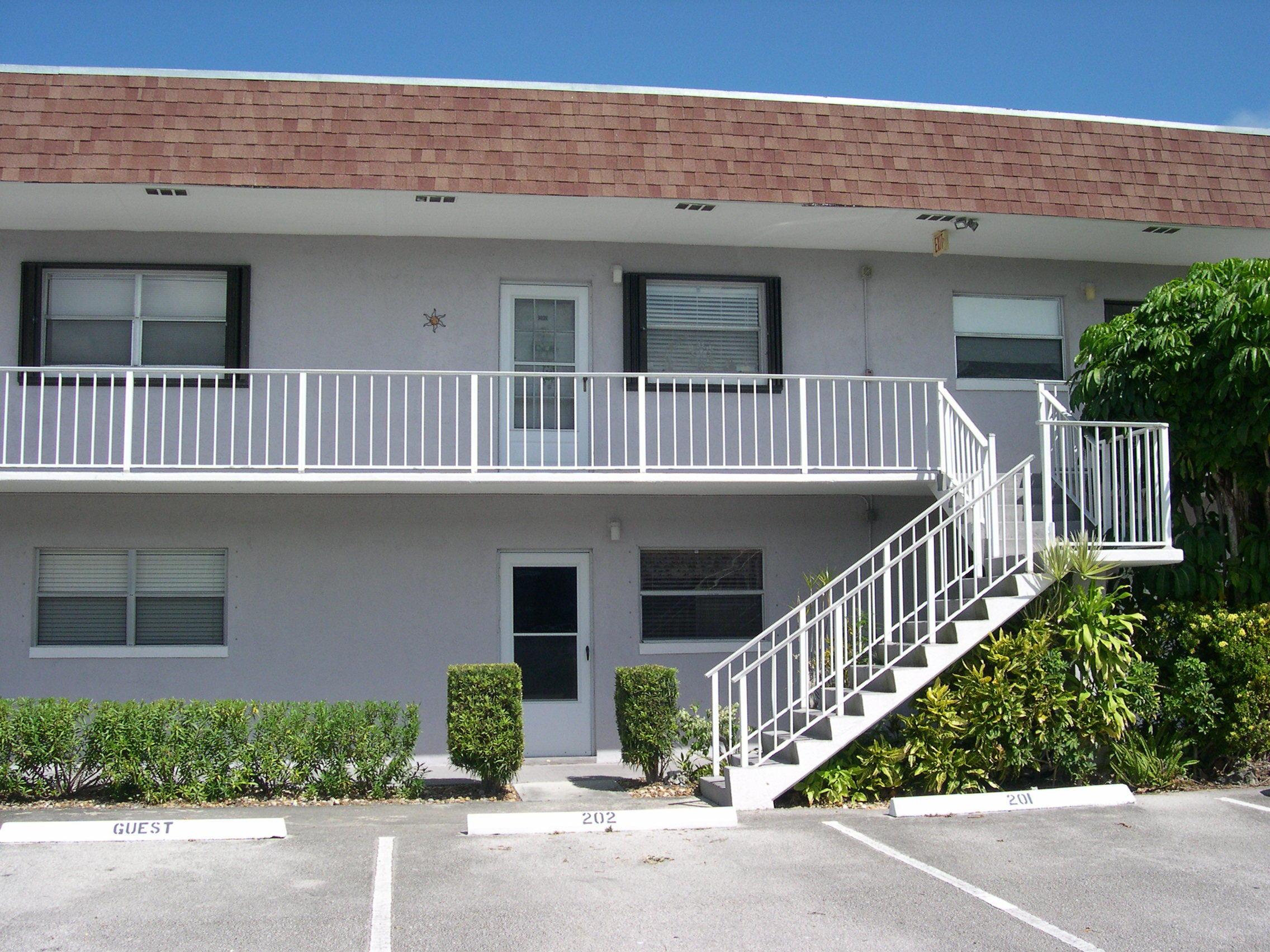 Carlton Fort Pierce 34949