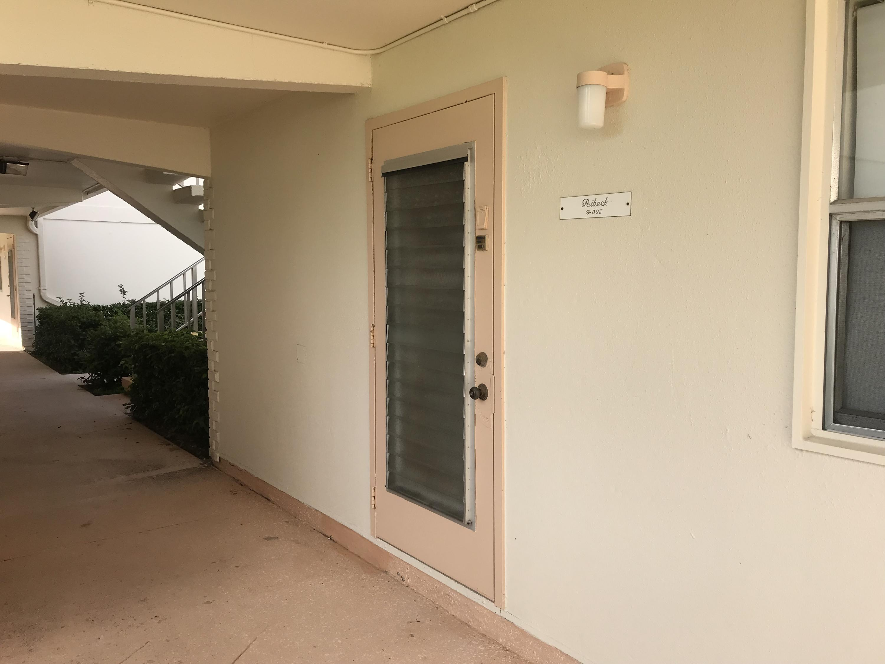 Photo of 305 Saxony G, Delray Beach, FL 33446