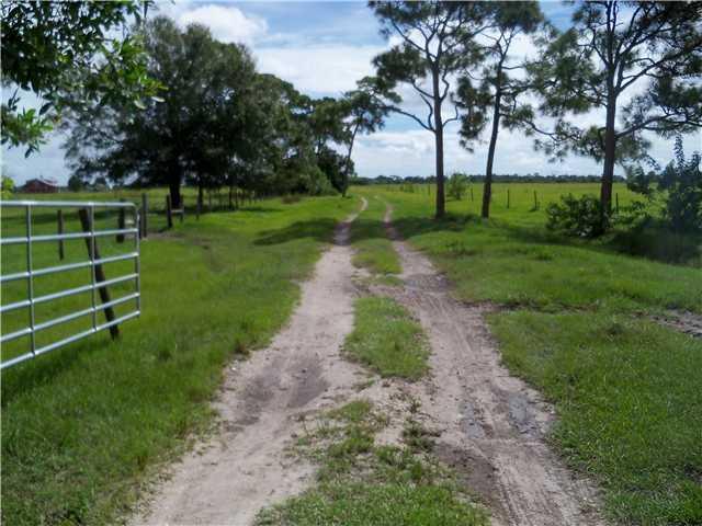 Xx SW Fox Brown Road - Indiantown, Florida