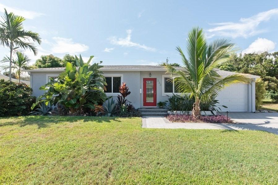 332 Bunker Ranch Road West Palm Beach, FL 33405