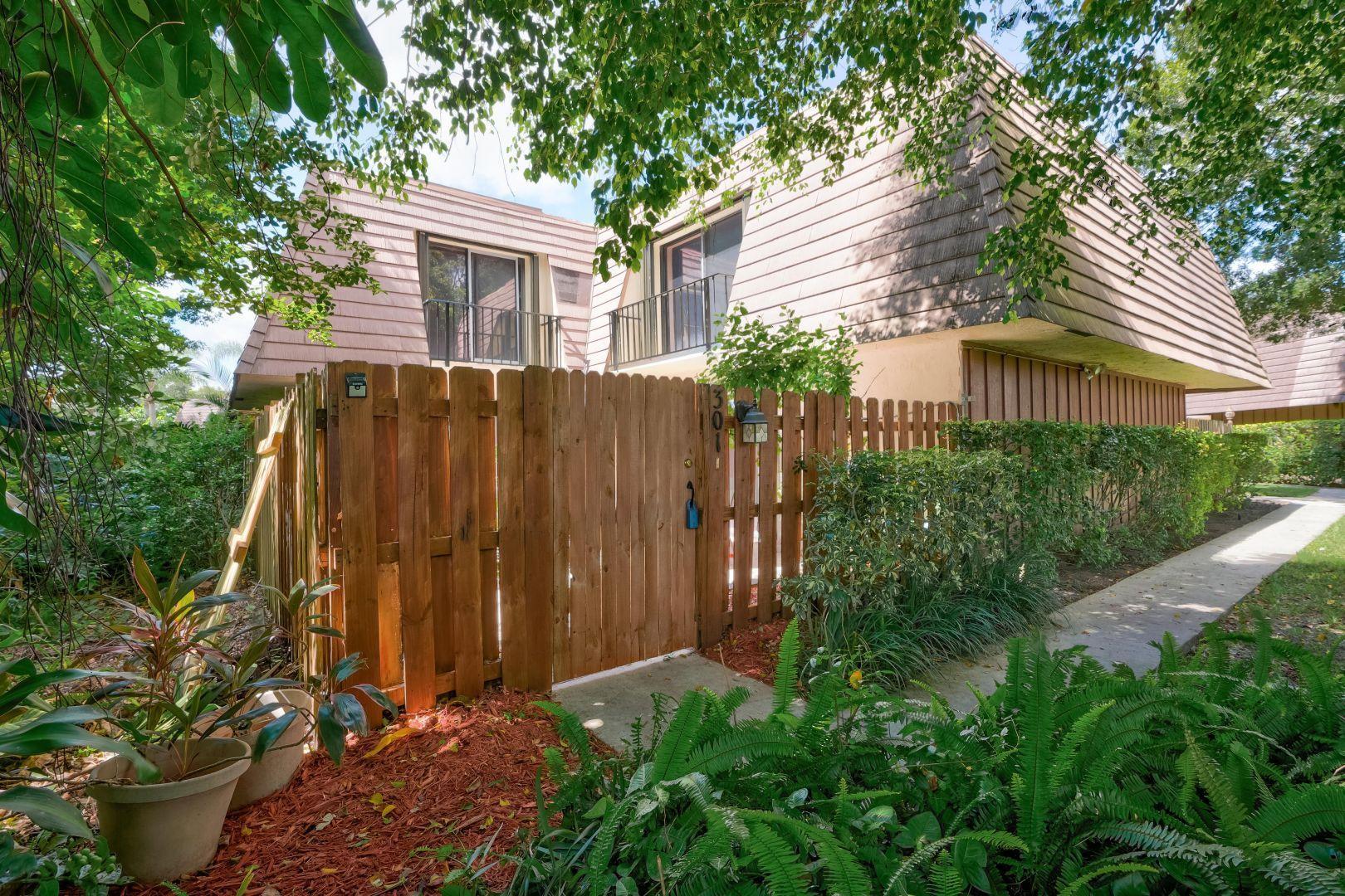 Real Estate FOR SALE - 301 Miramar Lane, Palm Beach Gardens, FL ...