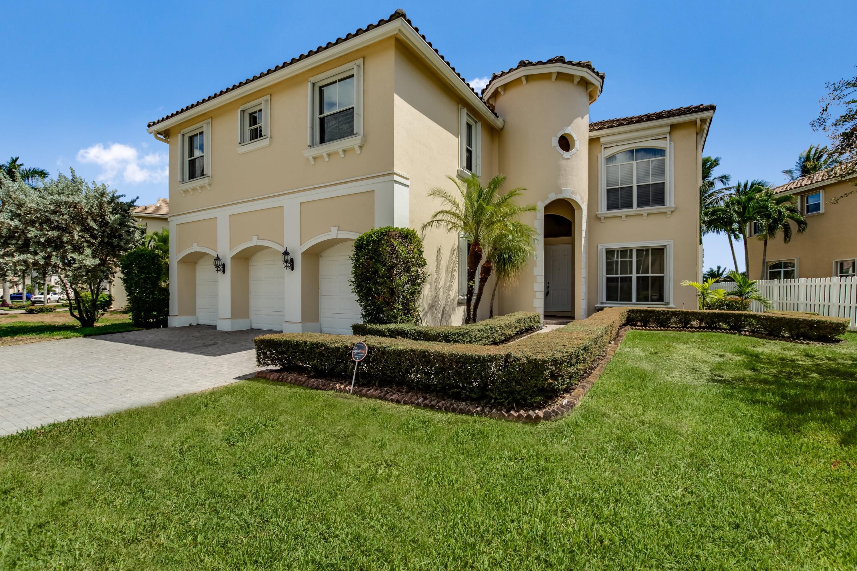 6845 Houlton Circle Lake Worth, FL 33467