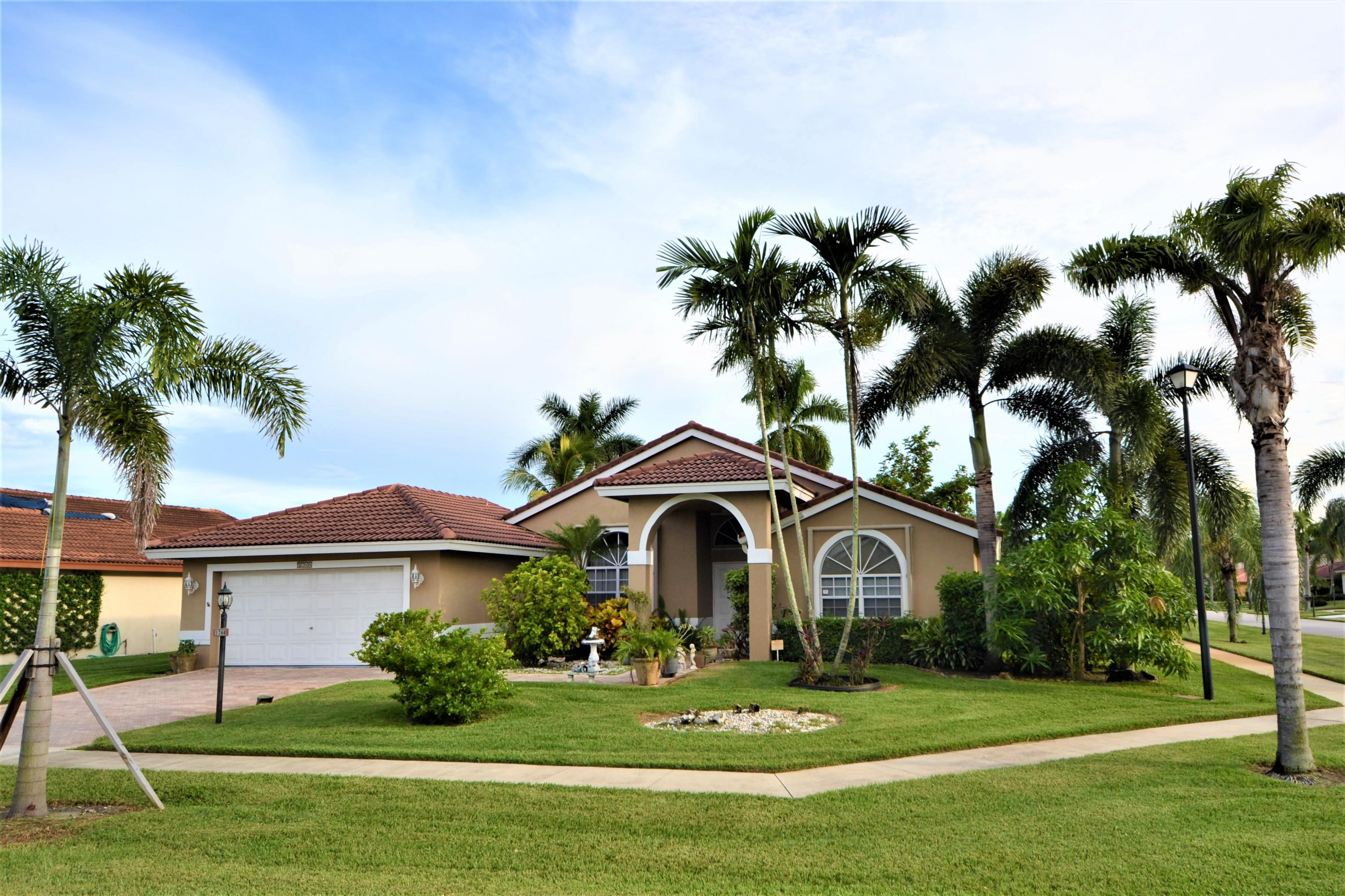 5744 Aspen Ridge Court  Delray Beach, FL 33484